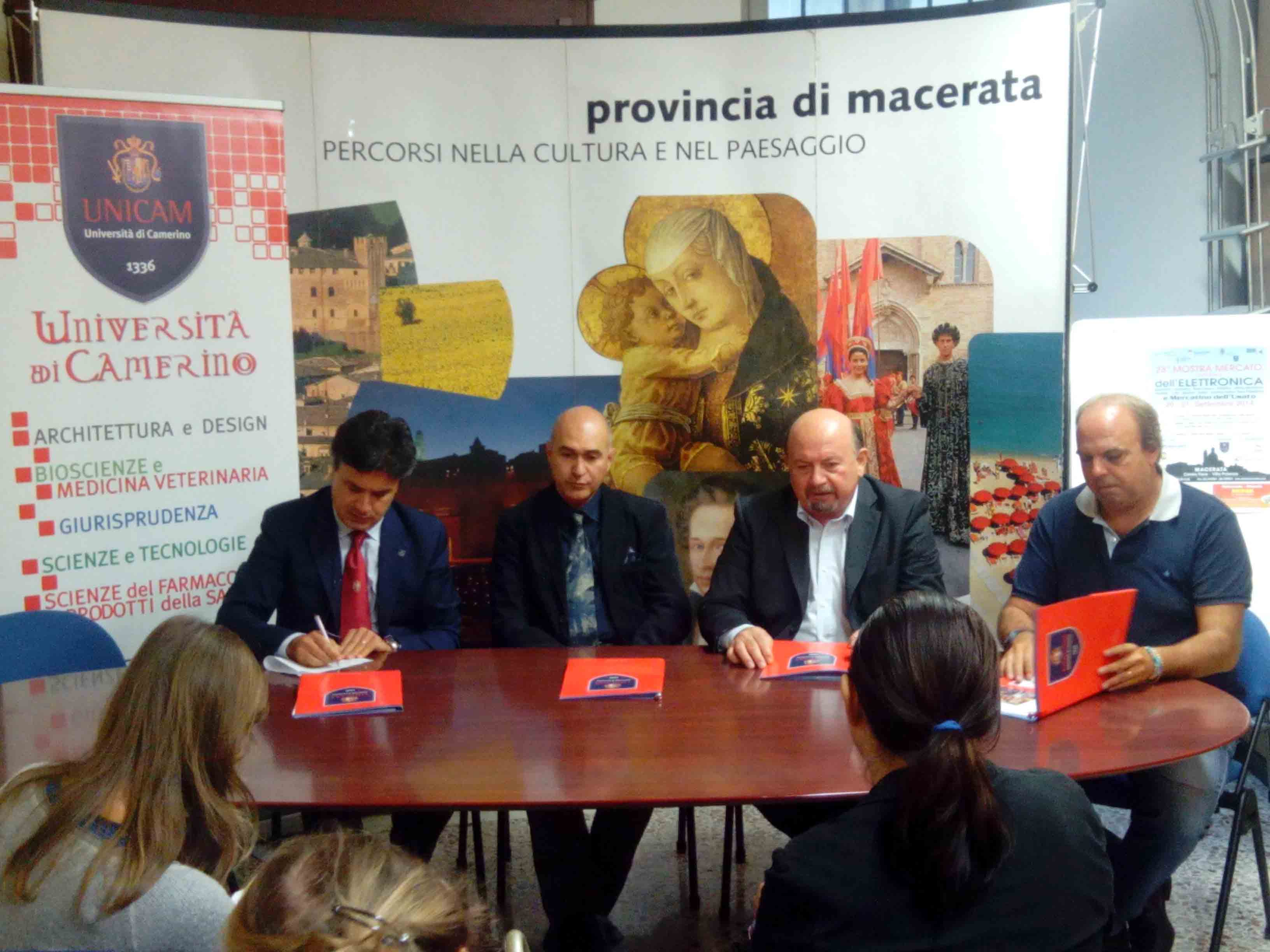 conferenza stampa fiera elettronica macerata 2014